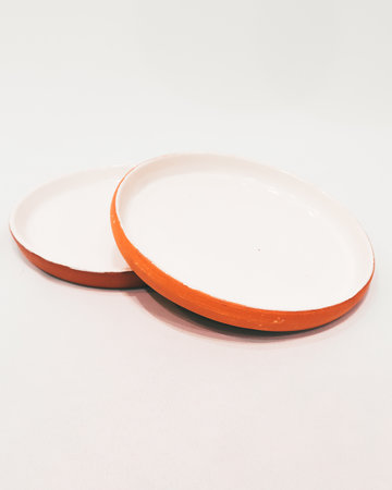 White glazed terracotta plate 20CM