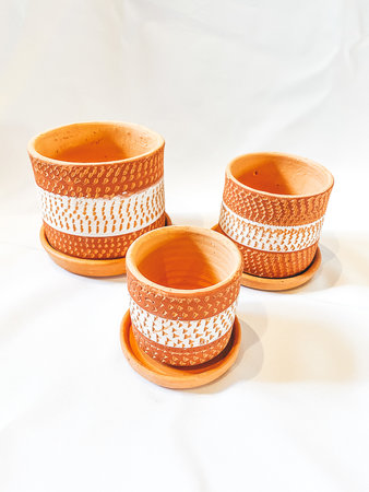 Red & white engraved pot set X3