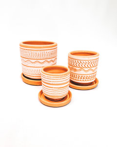 All white engraved pot set X3