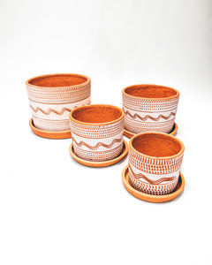 White engraved straight pot set X4